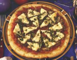 Фото пиццы Pizza ai funghi e salsicce